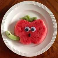 Mais de 50 almoços artísticos para crianças: sanduíche de maçã e melancia