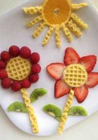 Mais de 50 almoços artísticos para crianças - Eggo Waffle Garden