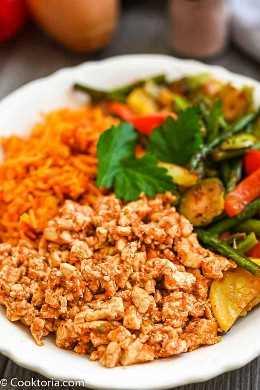 sofritas en un bol con arroz y verduras