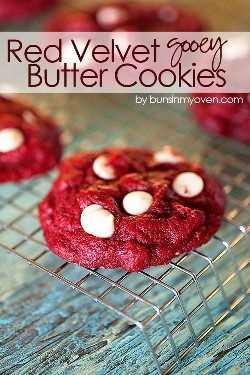 Receta de galletas de mantequilla pegajosas de terciopelo rojo