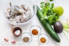 Ingredientes necesarios para hacer aperitivos de camarones