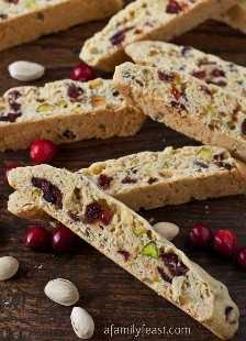 Biscoitos de pistache e mirtilo: uma festa em família
