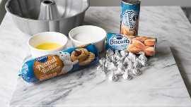 """¡Toda la bondad de la clásica flor de mantequilla de maní, envuelta en un cálido y delicioso pan de mono! ¡A mi familia le encanta esta divertida receta de postres, pero a veces incluso la comemos en el desayuno! """"width ="""" 675 """"height ="""" 380 """"srcset ="""" https://iwashyoudry.com/wp-content/uploads/2015/12/Peanut-Butter-Blossom-Monkey-Bread.jpg 675w, https: // iwashyoudry .com / wp-content / uploads / 2015/12 / Peanut-Butter-Blossom-Monkey-Bread-600x338.jpg 600w, https://iwashyoudry.com/wp-content/uploads/2015/12/Peanut-Butter- Blossom-Monkey-Bread-24x14.jpg 24w, https://iwashyoudry.com/wp-content/uploads/2015/12/Peanut-Butter-Blossom-Monkey-Bread-36x20.jpg 36w, https: // iwashyoudry. com / wp-content / uploads / 2015/12 / Peanut-Butter-Blossom-Monkey-Bread-48x27.jpg 48w """"tamaños ="""" (ancho máximo: 675px) 100vw, 675px"""