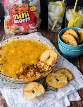 """Cheesy Chili Taco Dip """"width ="""" 675 """"height ="""" 877 """"srcset ="""" https://iwashyoudry.com/wp-content/uploads/2015/08/Cheesy-Chili-Taco-Dip-Product-Placement.jpg 675w , https://iwashyoudry.com/wp-content/uploads/2015/08/Cheesy-Chili-Taco-Dip-Product-Placement-600x780.jpg 600w, https://iwashyoudry.com/wp-content/uploads/ 2015/08 / Cheesy-Chili-Taco-Dip-Product-Placement-18x24.jpg 18w, https://iwashyoudry.com/wp-content/uploads/2015/08/Cheesy-Chili-Taco-Dip-Product-Placement -28x36.jpg 28w, https://iwashyoudry.com/wp-content/uploads/2015/08/Cheesy-Chili-Taco-Dip-Product-Placement-37x48.jpg 37w """"tamaños ="""" (ancho máximo: 675px ) 100vw, 675px"""