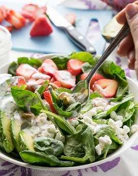"""¡Esta ensalada de espinacas con aguacate y fresas es una receta rápida y fácil para el almuerzo que es perfecta para los calurosos días de verano! """"Width ="""" 675 """"height ="""" 862 """"srcset ="""" https://iwashyoudry.com/wp-content/uploads/2016/06 /Avocado-Strawberry-Spinach-Salad-7.jpg 675w, https://iwashyoudry.com/wp-content/uploads/2016/06/Avocado-Strawberry-Spinach-Salad-7-600x766.jpg 600w """"tamaños ="""" (ancho máximo: 675px) 100vw, 675px"""