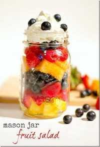 33 Saludables Ensaladas Mason Jar - Ensalada de Frutas Mason Jar