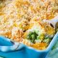 Caçarola de arroz e brócolis com queijo (a partir do zero)