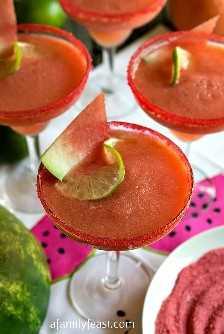 Margaritas congeladas de sandía y pomelo rosado: una fiesta familiar