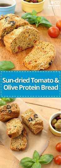 Pão de proteína de tomate e azeitona seco ao sol