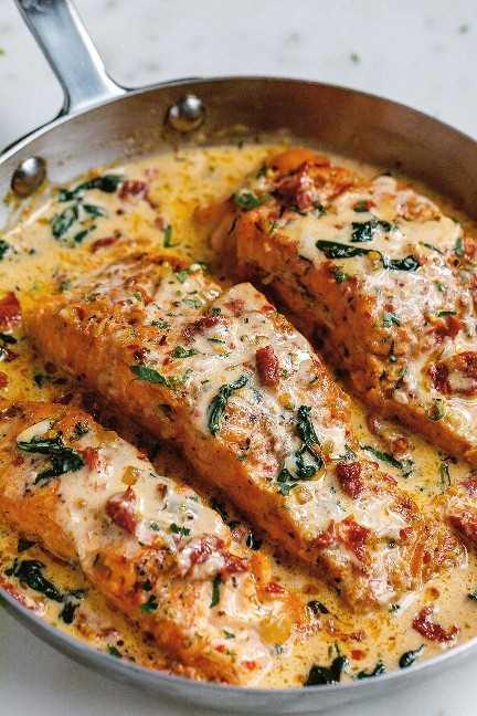 Receita cremosa de salmão da Toscana com alho 2