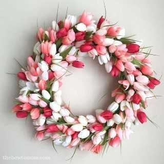 """Ideas de decoraciones de Pascua """"ancho ="""" 400 """"altura ="""" 400 """"srcset ="""" https://juegoscocinarpasteleria.org/wp-content/uploads/2020/02/1582056308_115_15-ideas-sencillas-de-decoraciones-de-Pascua-de-bricolaje-que.jpg 800w, https: // juelzjohn.com/wp-content/uploads/2019/04/Easter-decorations-ideas-9-100x100.jpg 100w, https://juelzjohn.com/wp-content/uploads/2019/04/Easter-decorations-ideas -9-300x300.jpg 300w """"tamaños ="""" (ancho máximo: 400px) 100vw, 400px """"data-pin-url ="""" https://juelzjohn.com/easter-decorations-ideas/ """"data-pin-media = """"https://juegoscocinarpasteleria.org/wp-content/uploads/2020/02/1582056308_115_15-ideas-sencillas-de-decoraciones-de-Pascua-de-bricolaje-que.jpg"""" data-pin-description = """"Ideas de decoraciones de Pascua"""" /></p> <p>Wow, esto es tan hermoso. Estoy obsesionada con las brillantes flores frescas. Ellos solo gritan la primavera. Para hacer su propia corona, necesitará tulipanes, corona de espuma, cinta de raso y pegamento caliente o alfiler floral.</p> <p>Súper fácil de hacer y cualquiera puede hacer bricolaje porque no se requieren habilidades astutas.</p> <p>Fuente The How To Mom</p> </p> <p><strong>La decoración del paraguas</strong></p> <p data-imagelightbox="""