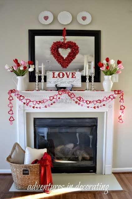 """decoración del día de San Valentín """"ancho ="""" 400 """"altura ="""" 603 """"srcset ="""" https://juegoscocinarpasteleria.org/wp-content/uploads/2020/02/1582057808_297_Ideas-de-decoracion-del-dia-de-San-Valentin-que-te.jpg 1062w, https: // juelzjohn.com/wp-content/uploads/2018/12/valentines-day-decor-2-300x452.jpg 300w, https://juelzjohn.com/wp-content/uploads/2018/12/valentines-day-decor -2-531x800.jpg 531w, https://juelzjohn.com/wp-content/uploads/2018/12/valentines-day-decor-2-800x1205.jpg 800w """"tamaños ="""" (ancho máximo: 400px) 100vw , 400px """"data-pin-url ="""" https://juelzjohn.com/valentines-day-decor/ """"data-pin-media ="""" https://juelzjohn.com/wp-content/uploads/2018/12/ valentines-day-decor-2.jpg """"data-pin-description ="""" decoración del día de valentines """"/></p> <p>Mantle es el lugar perfecto para poner tu decoración del Día de San Valentín y difundir el espíritu de amor. Las guirnaldas y las coronas son tan hermosas y coloridas que iluminan la habitación al instante.</p> <p>Fuente aquí</p> </p> <p><strong>Globos reciclados</strong></p> <p data-imagelightbox="""