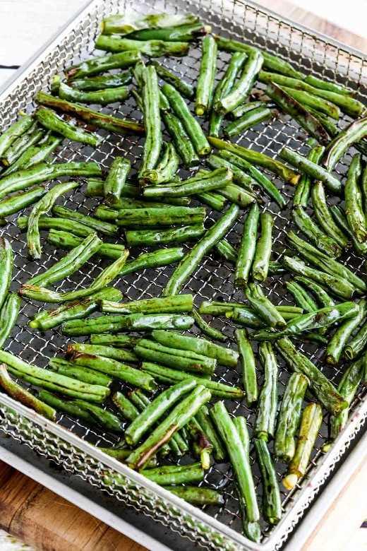 Foto de close-up de Easy Air Fryer Asian feijão verde