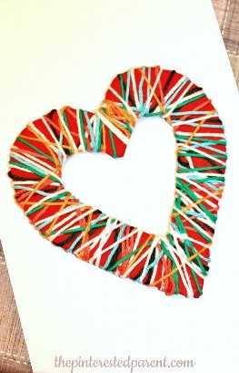 """manualidades del día de san valentín para niños """"width ="""" 400 """"height ="""" 622 """"srcset ="""" https://juegoscocinarpasteleria.org/wp-content/uploads/2020/02/1582095007_389_Adorable-dia-de-San-Valentin-manualidades-para-ninos.jpg 658w, https://juelzjohn.com/wp-content/uploads/2019/01/valentines-day-crafts-for-kids-3-300x467.jpg 300w, https://juelzjohn.com/wp-content/uploads /2019/01/valentines-day-crafts-for-kids-3-514x800.jpg 514w """"tamaños ="""" (ancho máximo: 400px) 100vw, 400px """"data-pin-url ="""" https://juelzjohn.com / valentines-day-crafts-for-kids / """"data-pin-media ="""" https://juegoscocinarpasteleria.org/wp-content/uploads/2020/02/1582095007_389_Adorable-dia-de-San-Valentin-manualidades-para-ninos.jpg """"data-pin-description ="""" manualidades del día de san valentín para niños """"/></p> <p>Muy bonito. Se puede colgar en la puerta o en cualquier lugar dentro de la casa. Para recrear esta artesanía necesitas un cartón, un hilo, pintura y tijeras.</p> <p>Simplemente corta un corazón grande del cartón y luego corta un corazón en el medio. Pinte ambos lados del corazón con su color de pintura preferido, déjelo secar y luego envuélvalo con cuerdas.</p> <p>Tutorial completo El padre interesado</p> </p> <p><strong>Collares de la amistad de San Valentín</strong></p> <p data-imagelightbox="""