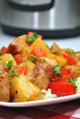 ¡Hacer su comida para llevar favorita nunca ha sido tan fácil! ¡Esta receta de cerdo agridulce instantáneo pone sobre la mesa una sabrosa cocina de inspiración china en menos de 30 minutos!