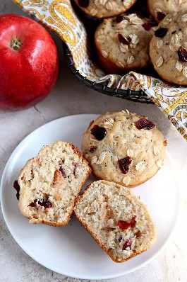 Receta de muffins de avena con arándano y manzana Receta de muffins de avena con arándano y manzana