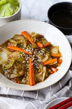 Repolho frito estilo Napa de restaurante chinês
