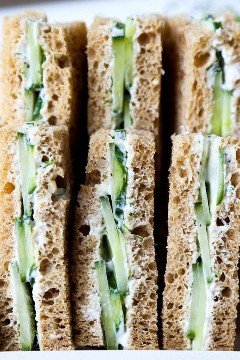 sanduíches de pepino