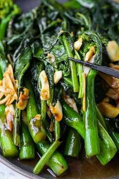 Brócoli chino con salsa de ajo y ostras
