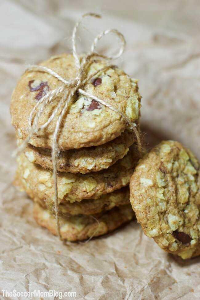 La combinación perfecta de dulce y salado en cada bocado: ¡estas galletas de chispas de chocolate con papas fritas son una delicia dulce para cualquier ocasión!