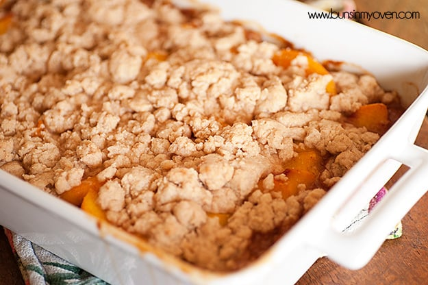 Sapateiro de pêssego de canela de mel #recipe por bunsinmyoven.com