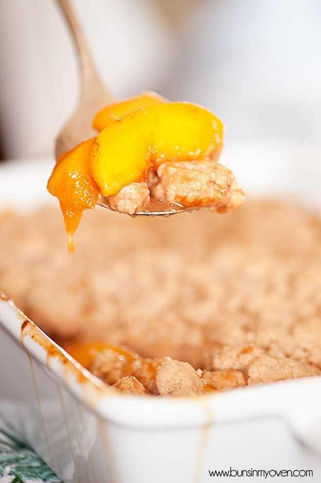 Sapateiro de pêssego, canela e mel #recipe por bunsinmyoven.com