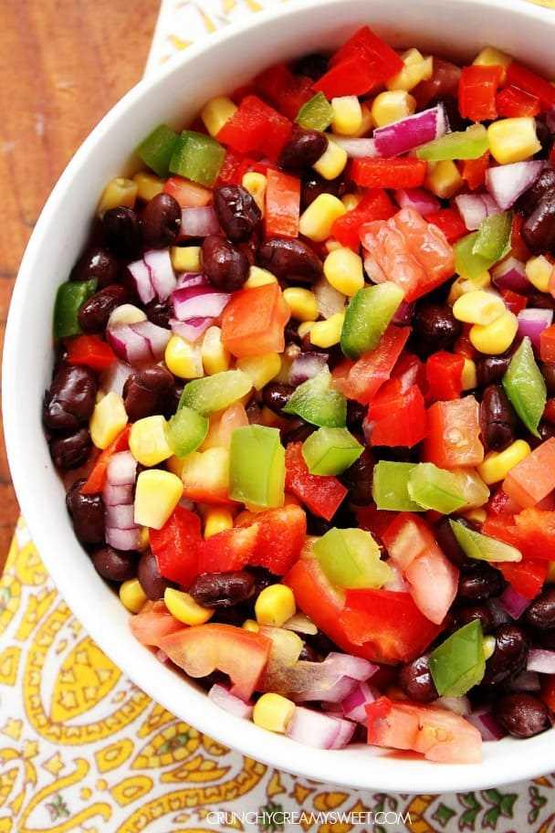 Salada mexicana de feijão preto e milho crunchycreamysweet.com Salada de feijão preto e milho