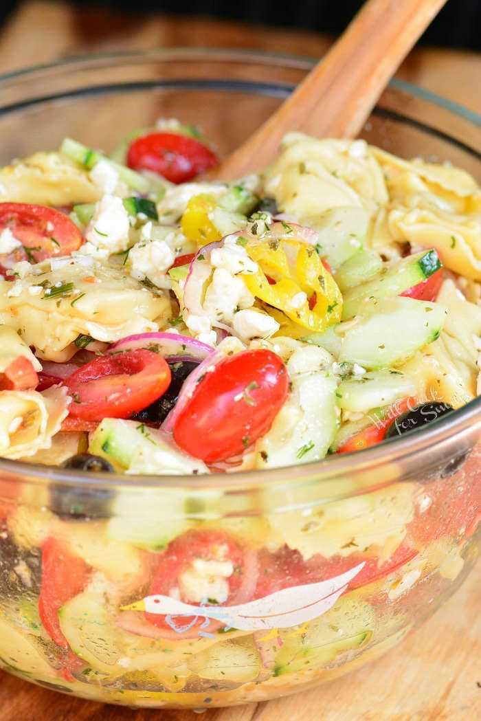 Salada Grega de Tortellini