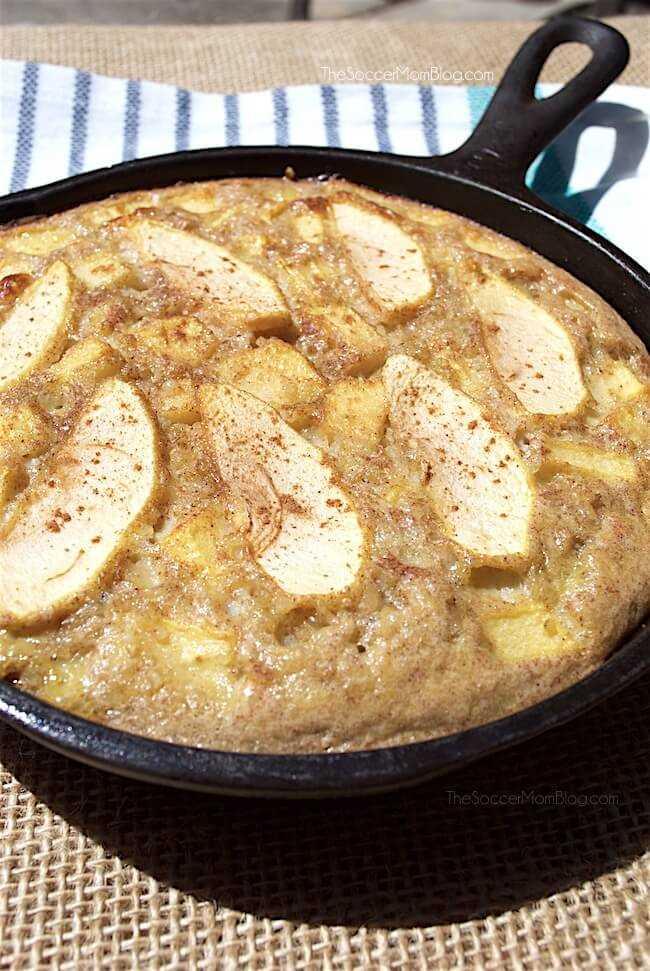 ¡La tarta de manzana ya no tiene culpa! Esta receta de pastel de manzana y quinua está repleta de proteínas, además es sin gluten y sin lactosa. ¡Fácil y hermoso!
