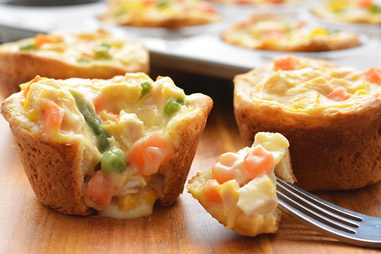 Mini empanadas de pollo