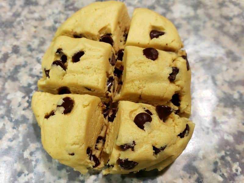 "mejor masa blanda de galletas por lotes dividida en 6 porciones iguales ""srcset ="" https://cdn1.zonacooks.com/wp-content/uploads/2019/05/Best-Soft-Batch-Cookies-for-Two-Small-Batch- Receta-3.jpg 800w, https://cdn1.zonacooks.com/wp-content/uploads/2019/05/Best-Soft-Batch-Cookies-for-Two-Small-Batch-Recipe-3-500x375.jpg 500w, https://cdn1.zonacooks.com/wp-content/uploads/2019/05/Best-Soft-Batch-Cookies-for-Two-Small-Batch-Recipe-3-768x576.jpg 768w, https: / /cdn1.zonacooks.com/wp-content/uploads/2019/05/Best-Soft-Batch-Cookies-for-Two-Small-Batch-Recipe-3-320x240.jpg 320w, https: //cdn1.zonacooks. com / wp-content / uploads / 2019/05 / Best-Soft-Batch-Cookies-for-Two-Small-Batch-Recipe-3-480x360.jpg 480w, https://cdn1.zonacooks.com/wp-content /uploads/2019/05/Best-Soft-Batch-Cookies-for-Two-Small-Batch-Recipe-3-720x540.jpg 720w, https://cdn1.zonacooks.com/wp-content/uploads/2019/ 05 / Best-Soft-Batch-Cookies-for-Two-Small-Batch-Recipe-3-735x551.jpg 735w ""tamaños ="" (ancho máximo: 800px) 100vw, 800px"