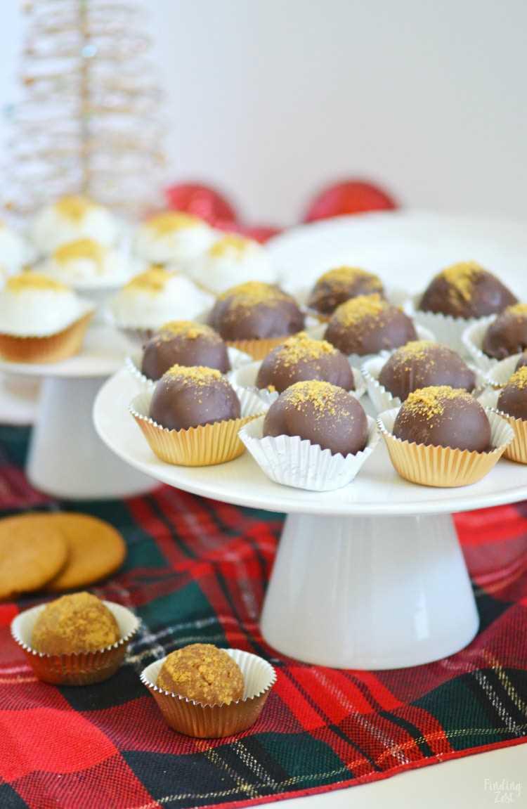 Trufas de biscoito de gengibre prontas para serem servidas