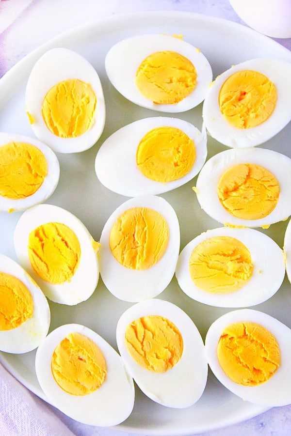 Ovos cozidos em pote instantâneo Ovos cozidos em pote instantâneo