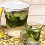 Cómo hacer agua con infusión de menta y pepino