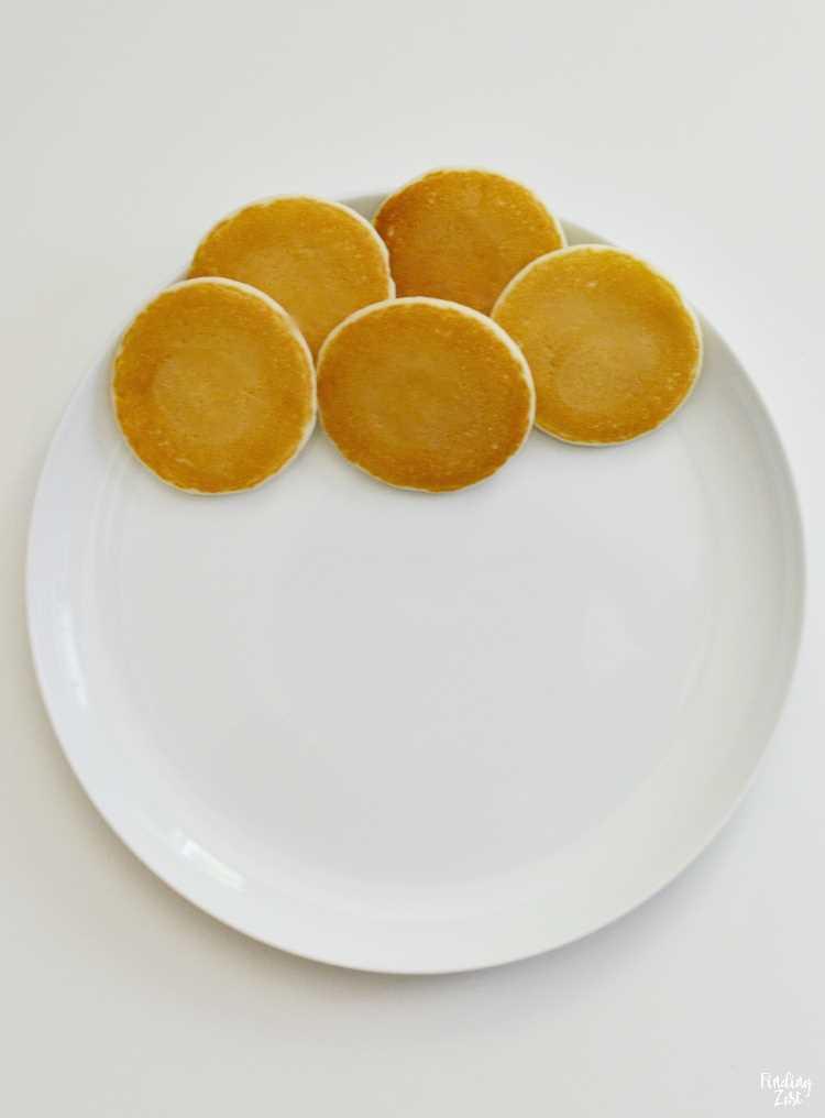 Mini panquecas para arte e café da manhã