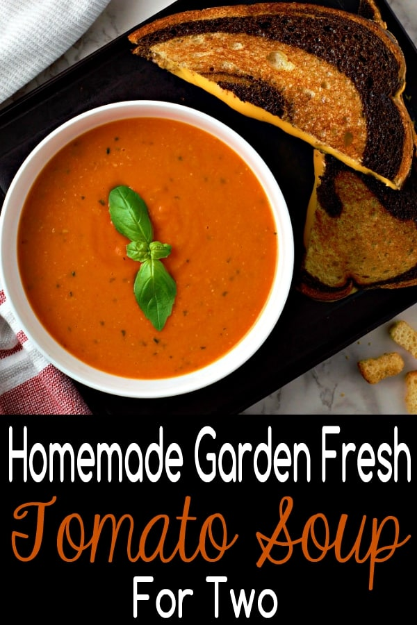 "Receta casera de sopa de tomate fresco de jardín para dos ""srcset ="" https://cdn1.zonacooks.com/wp-content/uploads/2018/07/Homemade-Garden-Fresh-Tomato-Soup-Recipe-for-Two-6. jpg 600w, https://cdn1.zonacooks.com/wp-content/uploads/2018/07/Homemade-Garden-Fresh-Tomato-Soup-Recipe-for-Two-6-333x500.jpg 333w ""tamaños ="" ( ancho máximo: 600 px) 100vw, 600 px"