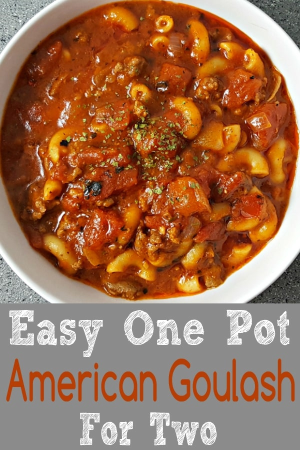 "Receta fácil de goulash americano de One Pot para dos ""srcset ="" https://cdn1.zonacooks.com/wp-content/uploads/2017/09/Easy-One-Pot-American-Goulash-Recipe-for-two-8. jpg 600w, https://cdn1.zonacooks.com/wp-content/uploads/2017/09/Easy-One-Pot-American-Goulash-Recipe-for-two-8-333x500.jpg 333w ""tamaños ="" ( ancho máximo: 600 px) 100vw, 600 px"