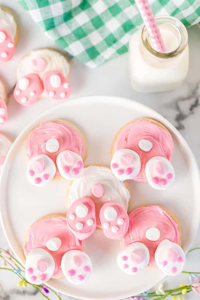Bunny Butt Cookies en un plato