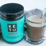 Suplemento perfecto de chocolate con colágeno alimentado con hierba keto