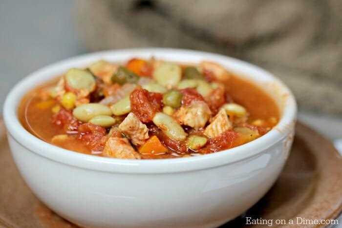 La receta instantánea de sopa de pollo con verduras es la mejor sopa para un día frío. ¡Las recetas de olla a presión hacen que la cena sea tan rápida! ¡La sopa de pollo y verduras es abundante!