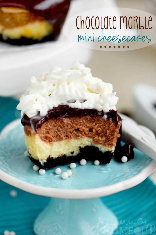 mini tartas de queso con cobertura de ganache de chocolate