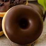 Rosquillas con cobertura de chocolate - Imagen destacada