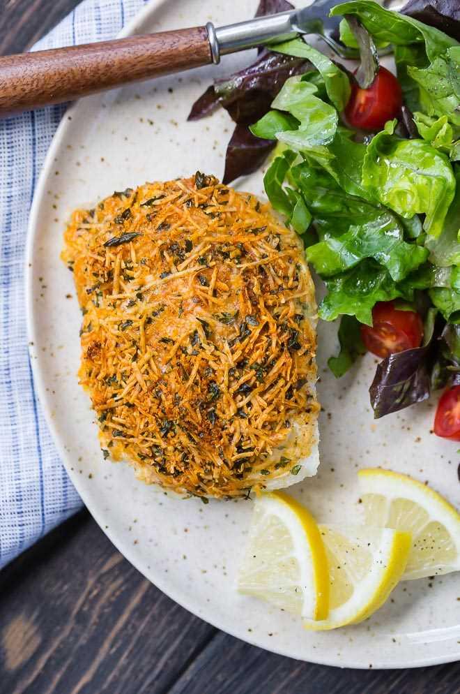 Imagen de bacalao al horno parmesano.