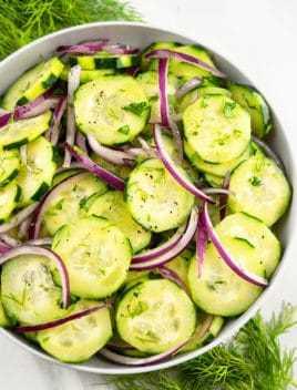 Receta fácil de ensalada de cebolla y pepino