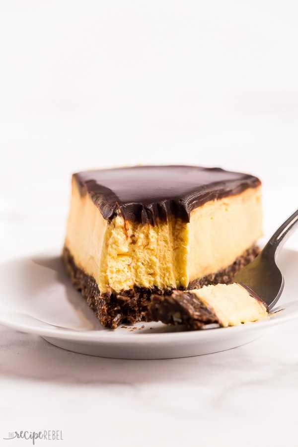 sin hornear nanaimo bar mordida de tarta de queso