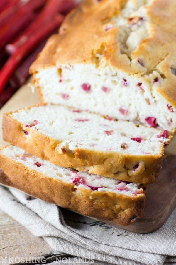 Pan de ruibarbo a la antigua usanza de 45 deliciosas recetas de ruibarbo