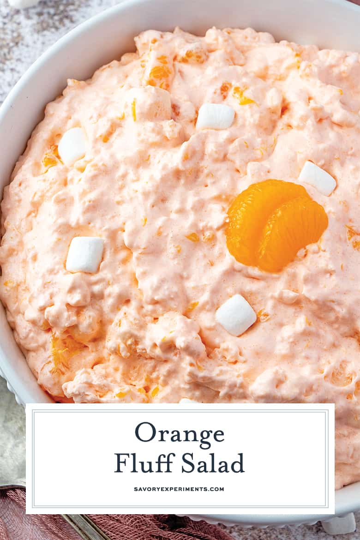 Close-up de pino de salada de cotão laranja