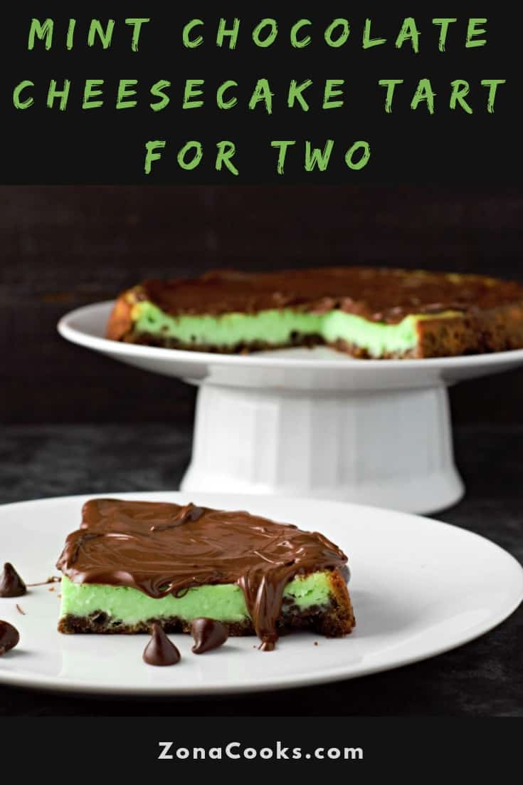 "Receta de tarta de pastel de queso y chocolate con menta para dos ""srcset ="" https://juegoscocinarpasteleria.org/wp-content/uploads/2020/02/1582947064_632_Receta-de-tarta-de-pastel-de-queso-y-chocolate-con.jpg 735w, https://cdn1.zonacooks.com/wp-content/uploads/2018/09/Mint-Chocolate-Cheesecake-Tart-Recipe-for-Two-17-333x500.jpg 333w, https://cdn1.zonacooks.com /wp-content/uploads/2018/09/Mint-Chocolate-Cheesecake-Tart-Recipe-for-Two-17-712x1067.jpg 712w ""tamaños ="" (ancho máximo: 735px) 100vw, 735px"