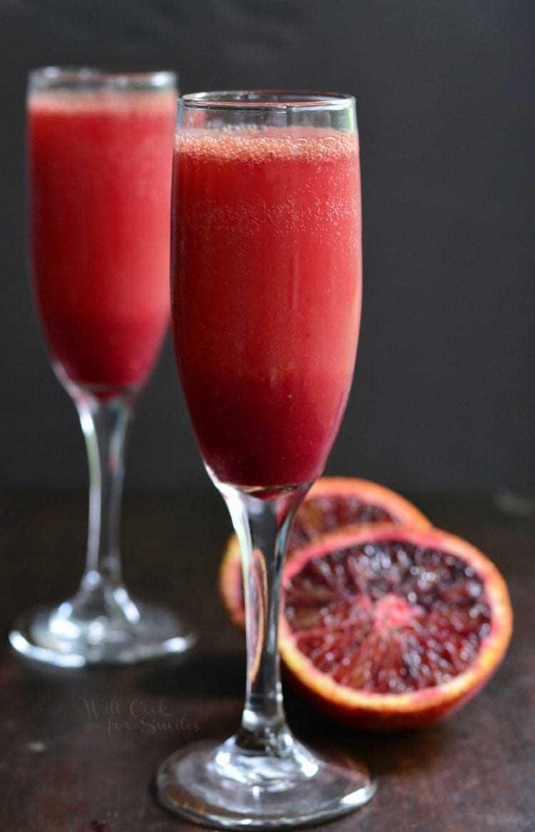Cócteles de brunch: Mimosa de naranja sanguina