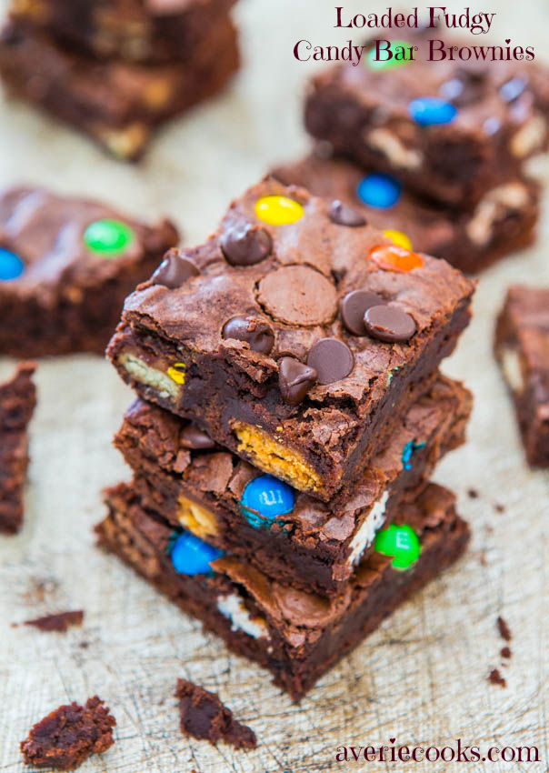 Fudgy's Loaded Candy Bar Brownies: Quick, Easy, Mixer-Free Recipe at averiecooks.com
